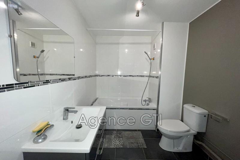 Photo n°4 - Location appartement Hyères 83400 - 571 €
