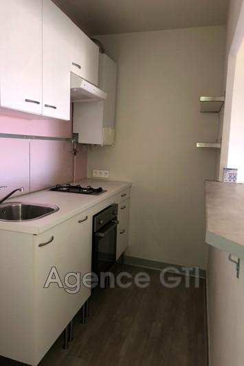 Photo n°3 - Location appartement Hyères 83400 - 585 €