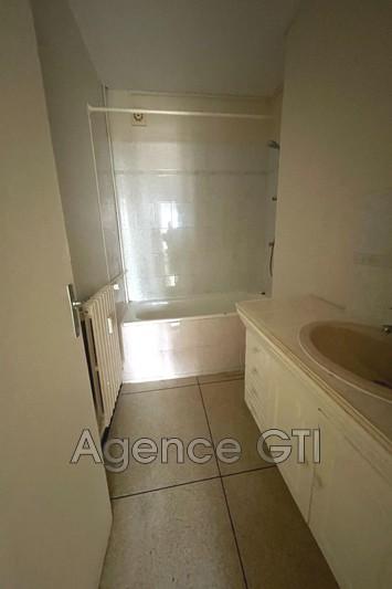Photo n°4 - Location appartement Hyères 83400 - 861 €