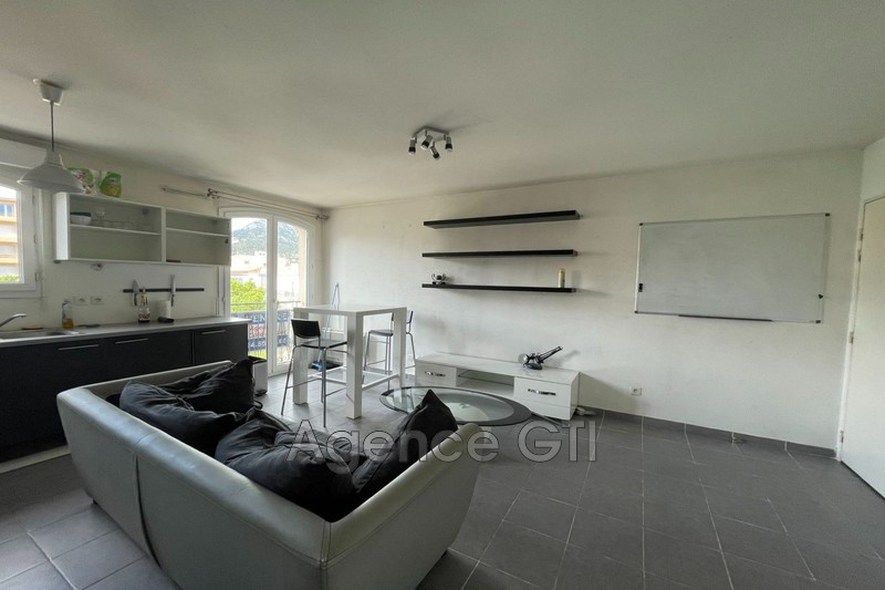 Photo n°2 - Location appartement Toulon 83200 - 635 €