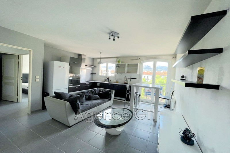 Photo n°1 - Location appartement Toulon 83200 - 635 €