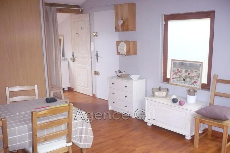 Photo n°2 - Location appartement Hyères 83400 - 470 €