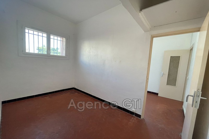 Photo n°4 - Location appartement Hyères 83400 - 680 €