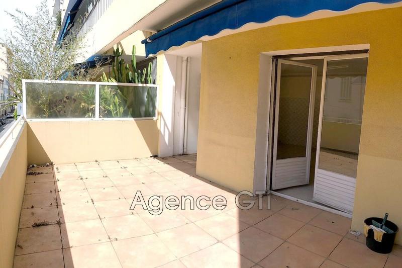 Photo n°1 - Vente appartement Hyères 83400 - 116 600 €