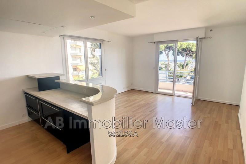 appartement  3 pièces  Golfe-Juan   60m² -