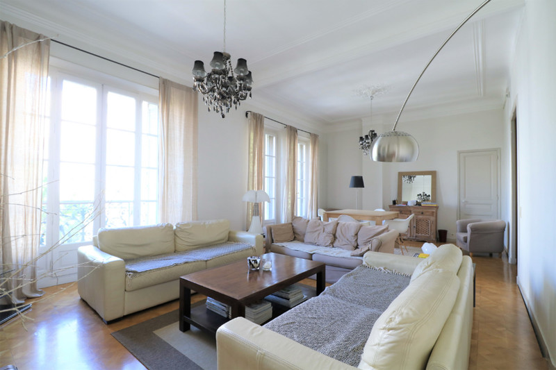 Photo Appartement Marseille Paradis sicard,  Location appartement  4 rooms   125 m²