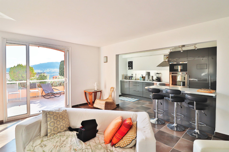 Maison La Cadière-d'Azur   achat maison  3 chambres   91m²