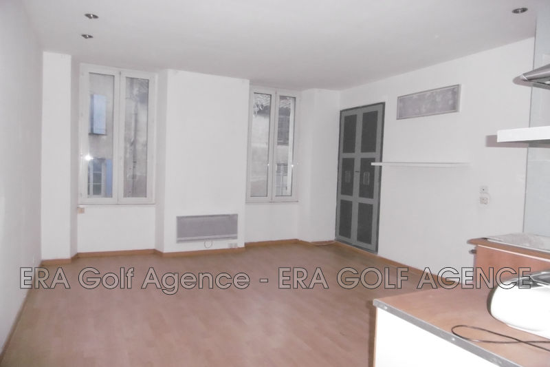 Photo 2 pièces Vidauban Centre ville,   to buy 2 pièces  2 rooms   37 m²