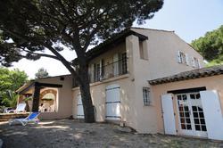 Photo Villa avec piscine et vue mer Ste maxime  Location saisonnière villa avec piscine et vue mer  12 chambres   234m²