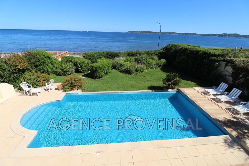 Photo Villa avec vue mer et piscine Sainte-Maxime  Location saisonnière villa avec vue mer et piscine  8 chambres   135m²