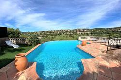 Photo Villa avec piscine proche d'un golf Sainte-Maxime  Location saisonnière villa avec piscine proche d'un golf  8 chambres   180m²