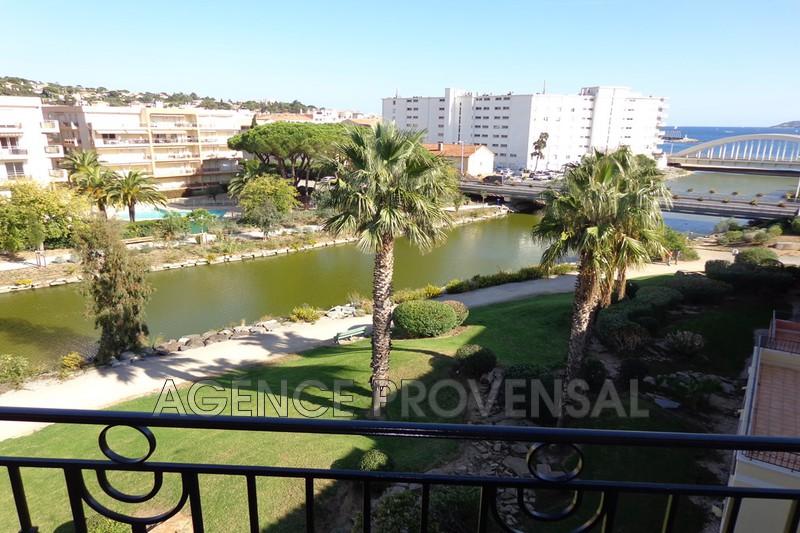 Photo Bel appartement f3 avec piscine Ste maxime  Location saisonnière bel appartement f3 avec piscine  3 pièces   64m²