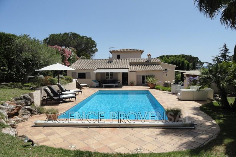 Photo Villa avec piscine Ste maxime  Location saisonnière villa avec piscine  8 chambres   120m²