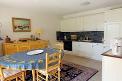 Photo Appartement f3 avec garage ste maxime Ste maxime  Location saisonnière appartement f3 avec garage ste maxime  3 pièces   77m²