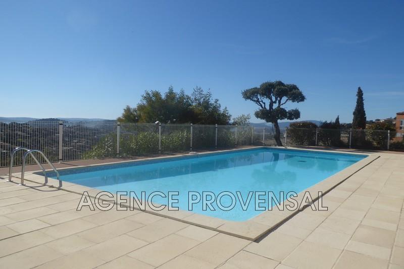 Photo Appartement t3 avec piscine Ste maxime  Location saisonnière appartement t3 avec piscine  3 pièces   55m²