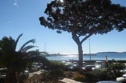 Photo T3 avec jolie vue sur mer Ste maxime  Location saisonnière t3 avec jolie vue sur mer  3 pièces   55m²