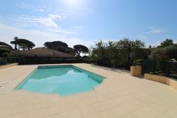 Photo Appartement de 4 pieces avec piscine Ste maxime  Location saisonnière appartement de 4 pieces avec piscine  4 pièces   80m²