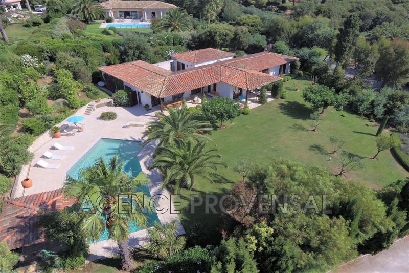 Photo Villa avec piscine Grimaud  Location saisonnière villa avec piscine  8 chambres   250m²