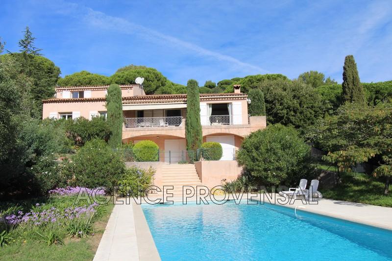 Photo Villa avec piscine Ste maxime  Location saisonnière villa avec piscine  4 pièces   120m²