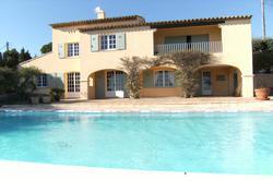 Photo Villa avec vue mer et piscine Ste maxime  Location saisonnière villa avec vue mer et piscine  8 chambres   120m²