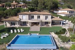 Photo Villa vue mer avec piscine Grimaud  Location saisonnière villa vue mer avec piscine  10 chambres   250m²