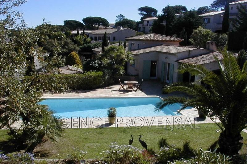 Photo Villa avec piscine Ste maxime  Location saisonnière villa avec piscine  10 chambres   160m²