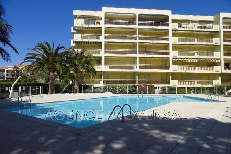 Photo Appartement t3 avec piscine Ste maxime  Location saisonnière appartement t3 avec piscine  3 pièces   65m²