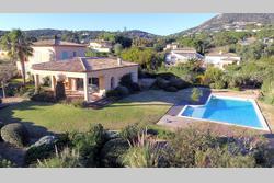 Photo Villa avec vue mer et piscine Grimaud  Location saisonnière villa avec vue mer et piscine  8 chambres   210m²