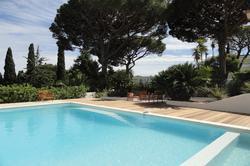 Photo Villa avec piscine proche de la plage Ste maxime  Location saisonnière villa avec piscine proche de la plage  10 chambres   250m²