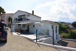 Photo Villa Sari-Solenzara  Location saisonnière villa  6 chambres   75m²
