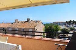 Photo Appartement Sari-Solenzara  Location saisonnière appartement  2 pièces   60m²
