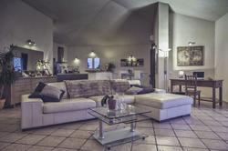 Photo Villa Sainte-Lucie de Porto-Vecchio  Location saisonnière villa  5 chambres   120m²