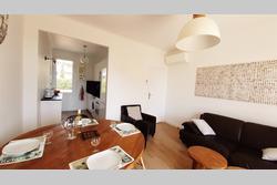 Photo Appartement Saint-Cyr-sur-Mer  Location saisonnière appartement  3 pièces   55m²