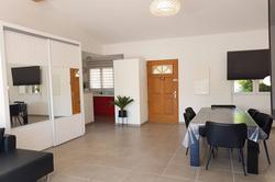 Photo Villa Sainte-Lucie de Porto-Vecchio  Location saisonnière villa  6 chambres   90m²