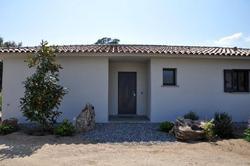 Photo Villa Sainte-Lucie de Porto-Vecchio  Location saisonnière villa  8 chambres   118m²