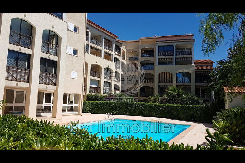 Photo Appartement Sainte-Maxime   achat appartement  2 pièces   27 m²