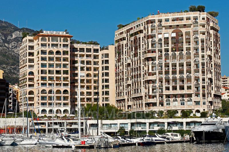 Apartment Monaco  Rentals apartment  2 rooms   105m²