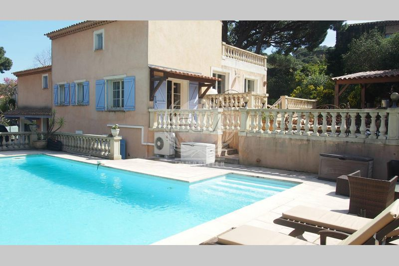 Photo Villa Sainte-Maxime  Vacation rental villa   167 m²
