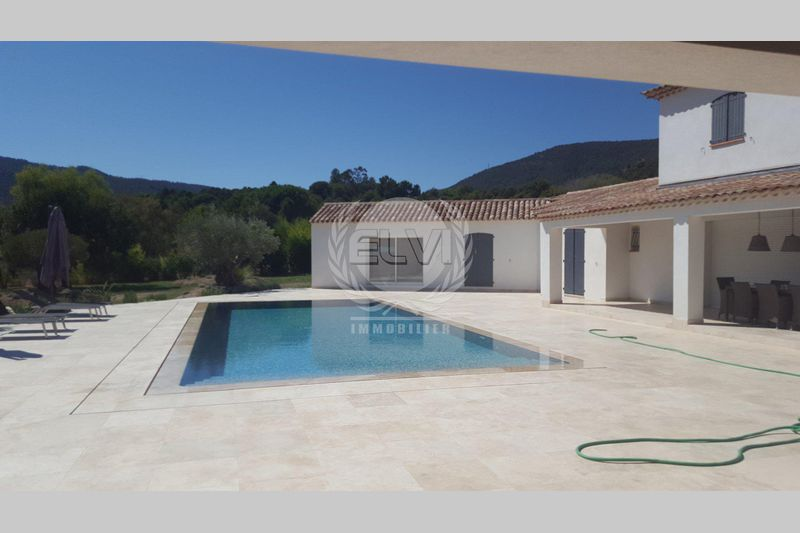 House Le Plan-de-la-Tour  Vacation rental house  4 bedrooms   180 m²