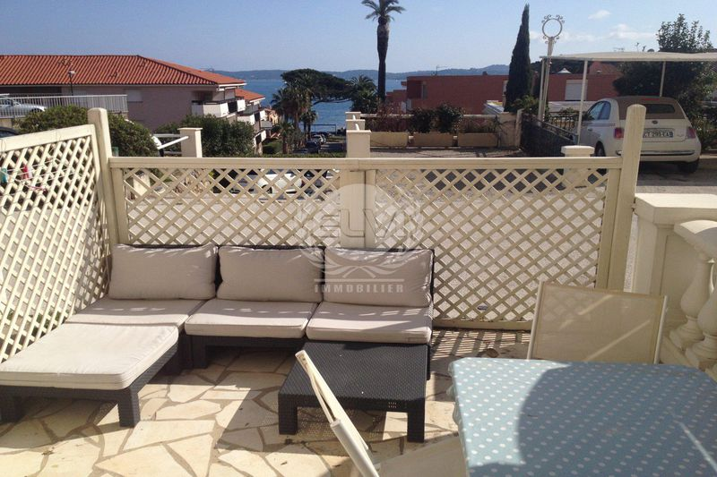 Photo Studio Sainte-Maxime  Vacation rental studio  1 room   20 m²