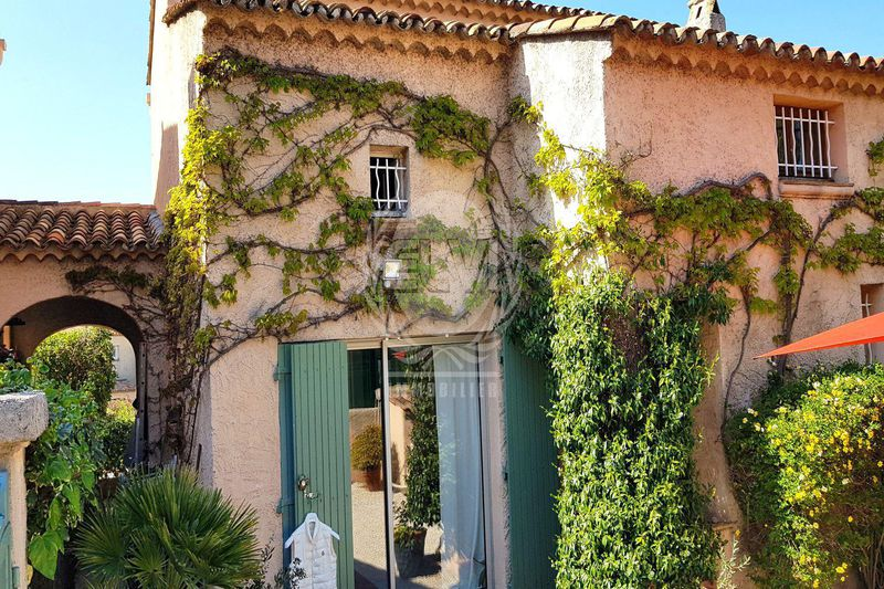 House Sainte-Maxime   to buy house  4 bedrooms   91 m²