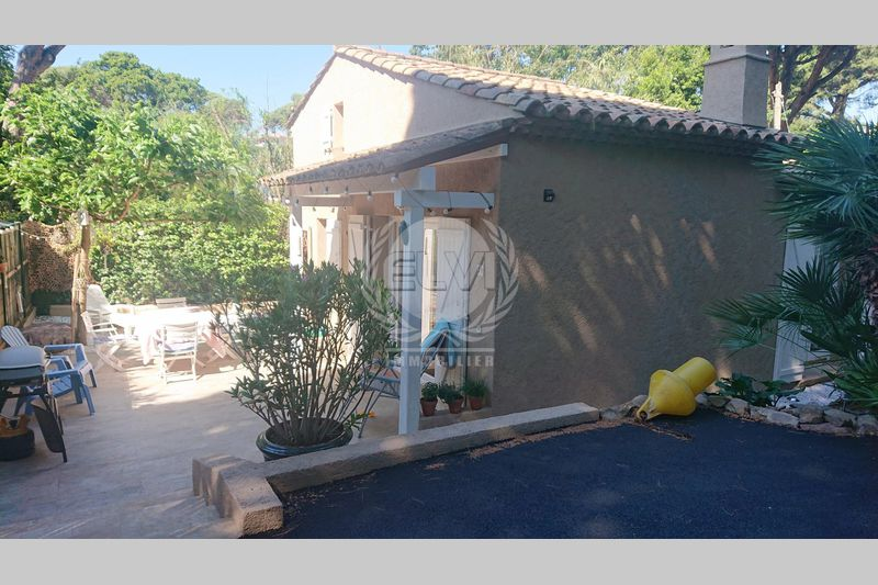 Photo House Sainte-Maxime   to buy house  2 bedrooms   68m²
