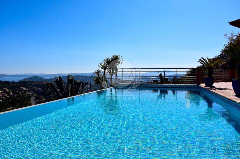 Villa Sainte-Maxime   achat villa  7 pièces   200m²