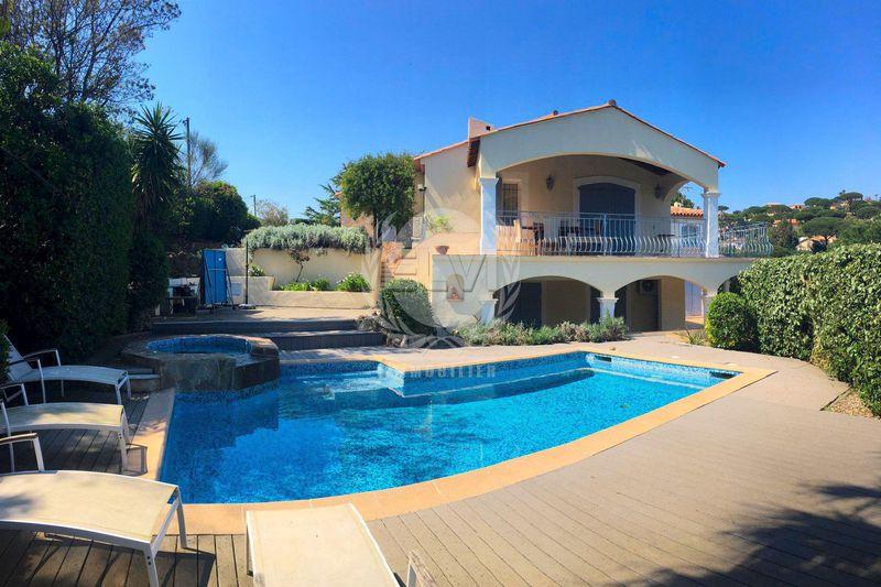 Maison Sainte-Maxime   achat maison  6 chambres   261m²