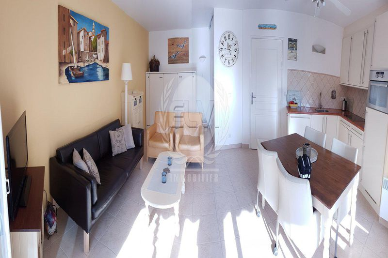 Photo Appartement Sainte-Maxime   achat appartement  2 pièces   51 m²