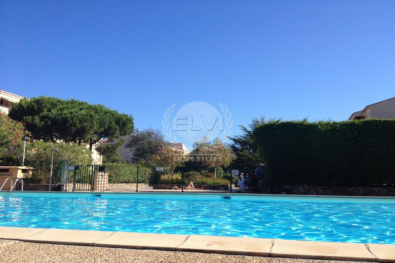 Photo Apartment Sainte-Maxime   to buy apartment  2 rooms   36 m²