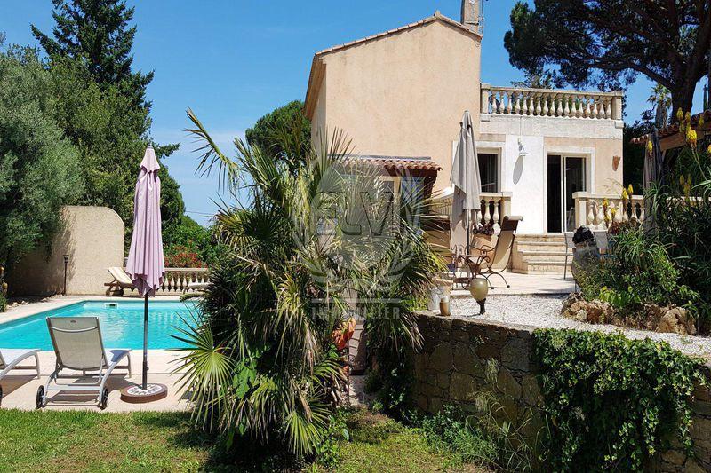 Photo Villa Sainte-Maxime   to buy villa  4 bedrooms   167m²