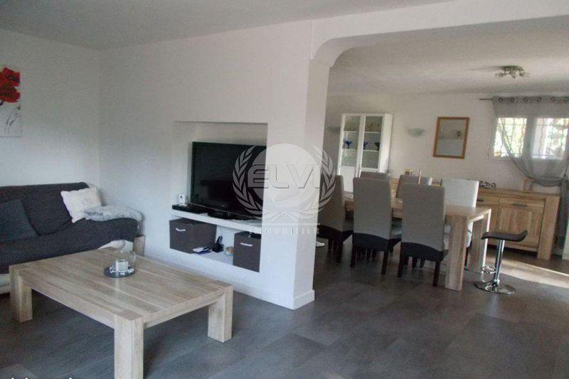 Photo Villa Sainte-Maxime   achat villa  7 pièces   140m²