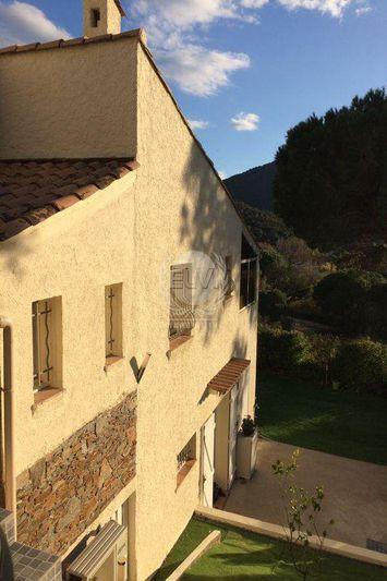 Villa Sainte-Maxime   achat villa  7 pièces   140m²