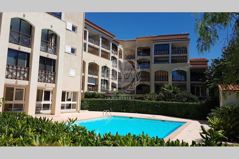 Photo Apartment Sainte-Maxime   to buy apartment  2 rooms   27 m²